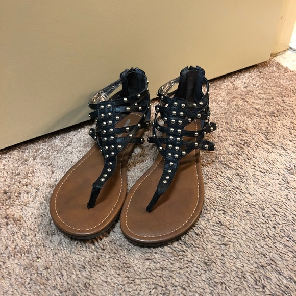 79b22494e24f Target Mossimo Supple Co sandals. M 5b5ab4ce5bbb80c3ecdcf07b